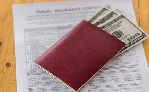 تمکن مالی برای زندگی در آمریکا